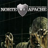 Norte Apache 'Puño en alto'