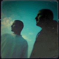 Sortie de l'album d'Iris & Arm 'Les courants forts' le 06 novembre 2010
